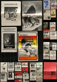 5d273 LOT OF 45 CUT PRESSBOOKS 1960s-1980s advertising for a variety of different movies!