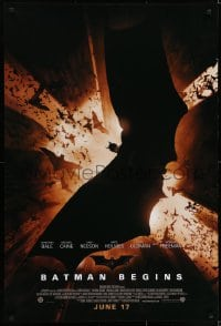 6r066 BATMAN BEGINS advance DS 1sh 2005 June 17, image of Christian Bale in title role flying w/bats!