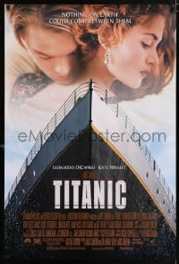 6r914 TITANIC DS 1sh 1997 Leonardo DiCaprio, Kate Winslet, directed by James Cameron!