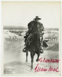 6s305 GREGORY PECK signed 8x10.25 still 1968 great image on horseback in The Stalking Moon!