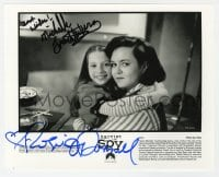 6s309 HARRIET THE SPY signed 8x10 still 1996 by BOTH Michelle Trachtenberg AND Rosie O'Donnell!