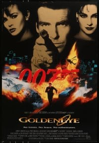 8a359 GOLDENEYE DS 1sh 1995 cast image of Pierce Brosnan as Bond, Isabella Scorupco, Famke Janssen!