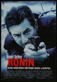 8a744 RONIN DS 1sh 1998 cool image of Robert De Niro w/pistol, anyone is an enemy for a price!