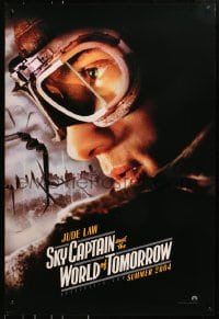 8a792 SKY CAPTAIN & THE WORLD OF TOMORROW teaser DS 1sh 2004 cool image of pilot Jude Law!