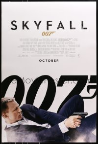 8a793 SKYFALL int'l advance DS 1sh 2012 October style, Craig as James Bond on back shooting gun!