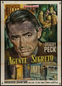 8b271 NIGHT PEOPLE Italian 1p R1960s different Rodolfo Gasparri art of Gregory Peck, rare!