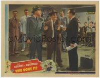 8r021 WHO DONE IT LC 1942 detectives Bud Abbott & Lou Costello given reward during radio show!