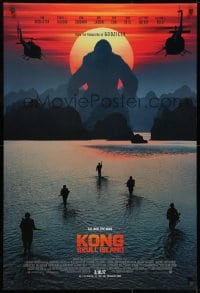 8w487 KONG: SKULL ISLAND int'l advance DS 1sh 2017 Jackson, Hiddleston, huge ape and soldiers!