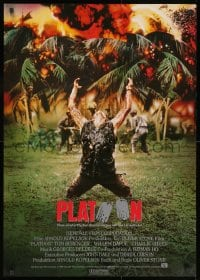 9t078 PLATOON German 1986 Oliver Stone, Vietnam War, Willem Dafoe being shot by Viet Cong!