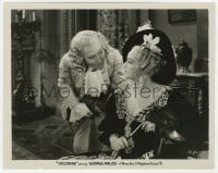 1a944 VOLTAIRE 8x10 still 1933 George Arliss as France's greatest satirist with Doris Kenyon!