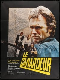1c946 THUNDERBOLT & LIGHTFOOT French 1p 1974 cool different image of Clint Eastwood pointing gun!