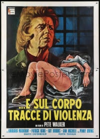 1c109 HOUSE OF WHIPCORD Italian 2p 1977 many girls who go in never come out, different Serafini art!