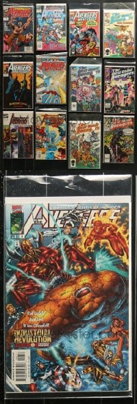 1s100 LOT OF 25 MARVEL AVENGERS COMIC BOOKS 1980s-1990s great stories of your favorite heroes!