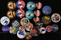 2y410 LOT OF 28 PIN-BACK BUTTONS 1990s-2000s great images from a variety of movies!