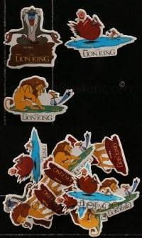 2y429 LOT OF 11 LION KING PIN-BACK BUTTONS 1994 Disney, Simba, Timon & Pumbaa, Rafiki!