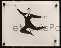 3a790 EASTER PARADE 3 8x10 stills 1948 all great images of Fred Astaire dancing in tuxedo!