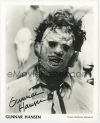 3d514 GUNNAR HANSEN signed 8x10 publicity still 2001 c/u as Leatherface in Texas Chainsaw Massacre!