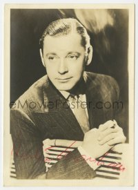 3d250 HERBERT MARSHALL signed deluxe 5x7 fan photo 1930s portrait in suit & tie leaning over fence!