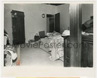 3h004 MARILYN MONROE 8x10 news photo 1962 image of the rumpled bed her dead body was found on!