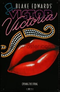3z969 VICTOR VICTORIA teaser 1sh 1982 Julie Andrews, Blake Edwards, cool lips & mustache art by John Alvin!