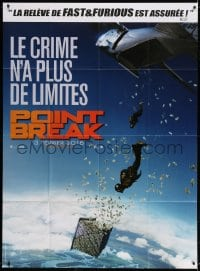 4b921 POINT BREAK teaser French 1p 2016 cool image of men diving out of airplane to get money!