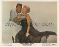 4d070 WHO'S GOT THE ACTION color 8x10 still 1962 sexy Lana Turner kissing Dean Martin with cash!