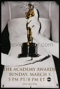 4r507 78th ANNUAL ACADEMY AWARDS 1sh 2005 cool Studio 318 design of woman w/gloves holding Oscar!