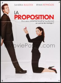 5j725 PROPOSAL French 1p 2009 great image of Sandra Bullock asking Ryan Reynolds to marry her!