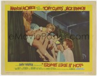 5m725 SOME LIKE IT HOT LC #4 1959 Tony Curtis tries to talk Jack Lemmon out of the upper berth!