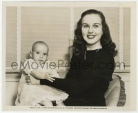 6h264 DEANNA DURBIN 8.25x10 still 1946 posing with her infant daughter Jessica Louise Jackson!