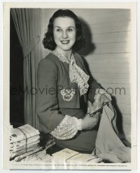 6h265 DEANNA DURBIN 8x10 still 1940 answering fan mail from foreign soldiers asking for photos!