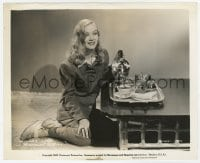 6h945 VERONICA LAKE 8.25x10 still 1941 kneeling on floor by table & pouring a cup of tea!