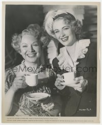6h983 WOMAN IN QUESTION candid 8x10 still 1953 Jean Kent & Susan Shaw having tea on the set!