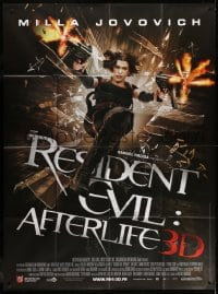 6k883 RESIDENT EVIL: AFTERLIFE French 1p 2010 cool image of Milla Jovovich with guns blazing, 3D!