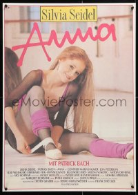 6y186 ANNA East German 23x32 1989 great image of sexy dancer Silvia Seidel tying ballet slipper!