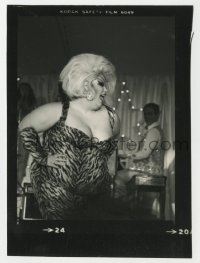 8g057 DIVINE 4x5.5 trimmed contact sheet 1970s star of John Waters films at Studio One nightclub!