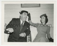 8g055 IT HAPPENED IN HOLLYWOOD candid 4x5 still 1937 Fay Wray clowning with director Harry Lachman!