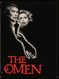8s021 OMEN promo brochure 1976 Gregory Peck, David Warner, Satanic horror, it's frightening!