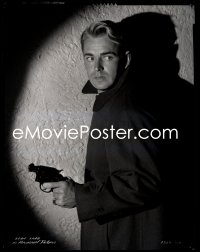 9h037 ALAN LADD camera original 8x10 negative 1940s Paramount studio portrait with gun by Richee