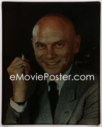 9h033 YUL BRYNNER 16x20 transparency 1960s head & shoulders smiling portrait with cigarette!