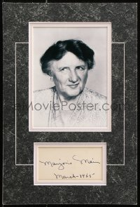 9y017 MARJORIE MAIN signed 3x5 index card in 10x15 display 1965 ready to frame & hang on the wall!