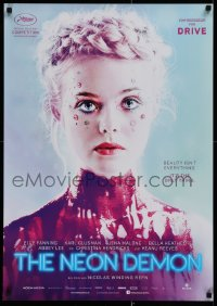 1g004 NEON DEMON teaser German 2016 Elle Fanning covered in paint, Nicolas Winding Refn!