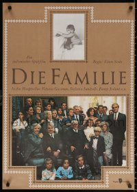 2f026 FAMILY East German 23x32 1989 great portrait of Vittorio Gassman & his entire family!