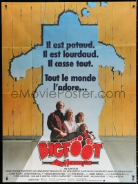 2z0943 HARRY & THE HENDERSONS French 1p 1987 John Lithgow, Bigfoot, different art of broken fence!
