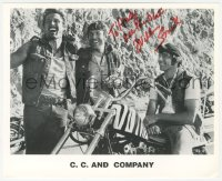 3f0767 WILLIAM SMITH signed 8x10 publicity still 1980s with biker co-stars from C.C. and Company!