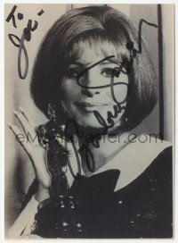 3f0890 BARBRA STREISAND signed 5x7 photo 1980s head & shoulders portrait holding her Oscar statuette!