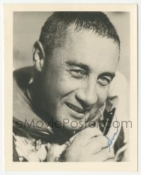 3f0908 GUS GRISSOM signed 4x5 photo 1960s great portrait of the Mercury Seven NASA astronaut!