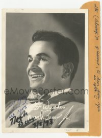 3f0932 NOAH BEERY JR signed 5x7 photo 1945 great youthful smiling portrait of the actor!