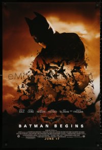 3h0268 BATMAN BEGINS advance 1sh 2005 June 17, image of Christian Bale's head and cowl over bats!
