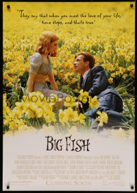4j0036 BIG FISH advance Swiss 2004 Tim Burton, Ewan McGregor & Alison Lohman in a field of flowers!